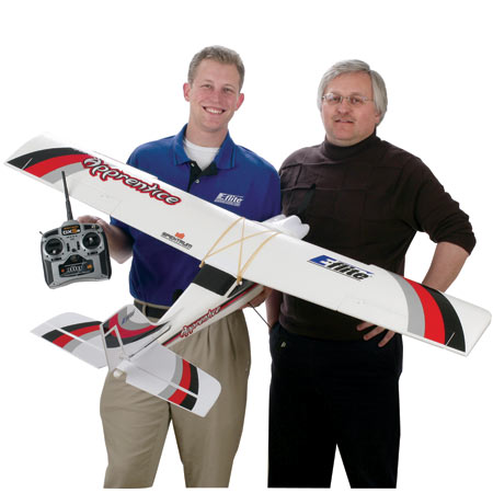 Learn to fly with Apprentice 15e RTF through buddy-box operation and the help of a flight instructor.