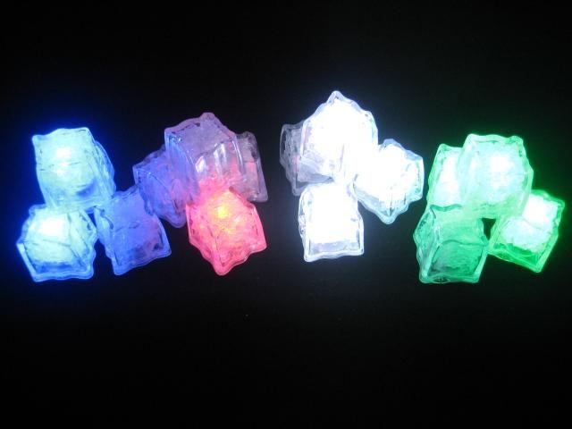 Pink Flashing Light Cubes