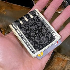 The VIPER™ Titanium Money Clip - Precision High Detail Paisley engraved on Black Diamond Finish